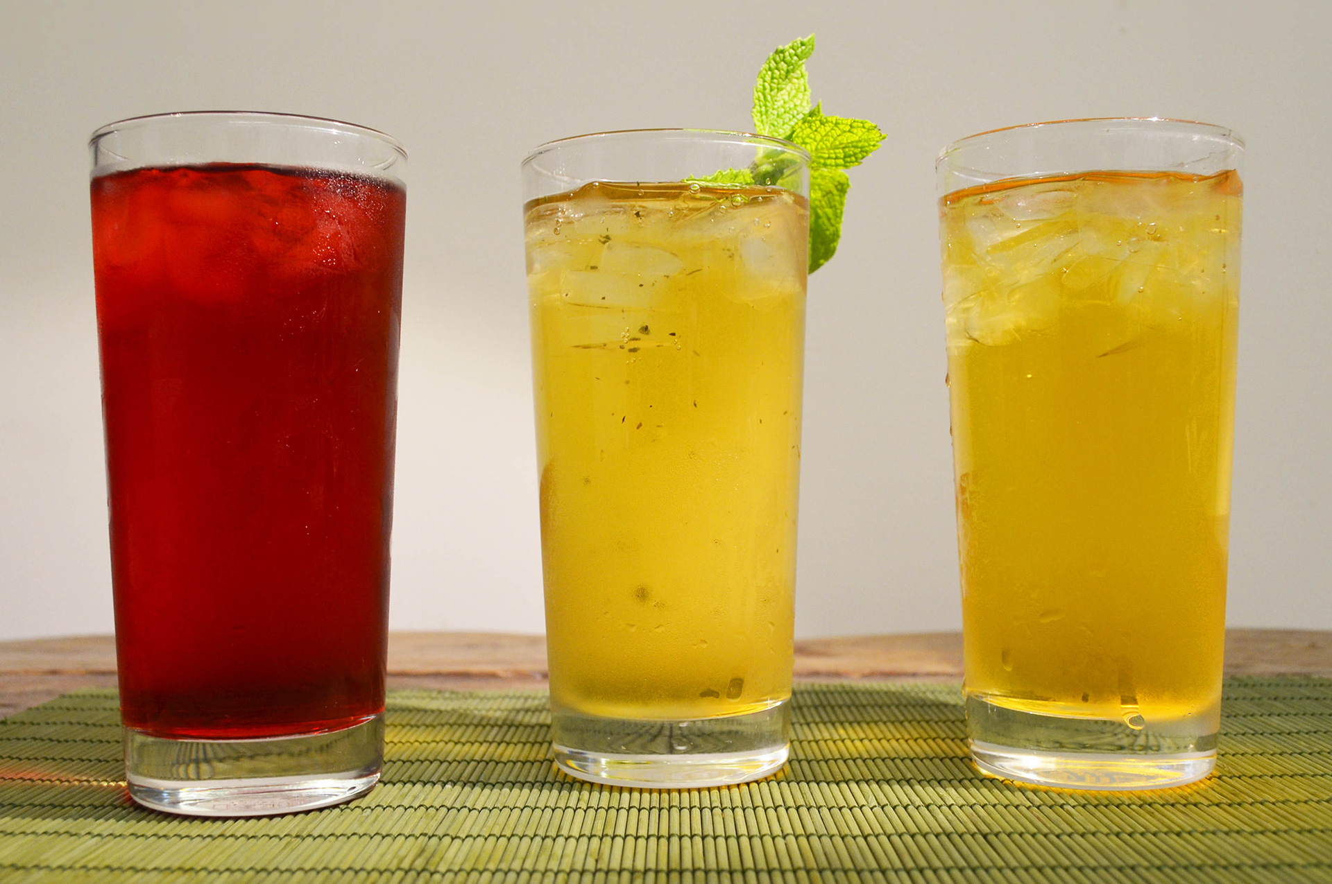 COLD-BREWED ICED TEAS FOR THE SUMMER MONTHS